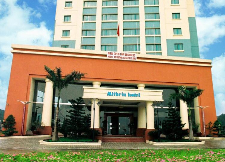 Hình ảnh mặt tiền khách sạn Mithrin Hạ Long trước khi được WoodPlus nâng cấp