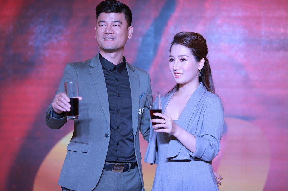 CEO Tran Thuy Thuy cung chong Bui Tuan
