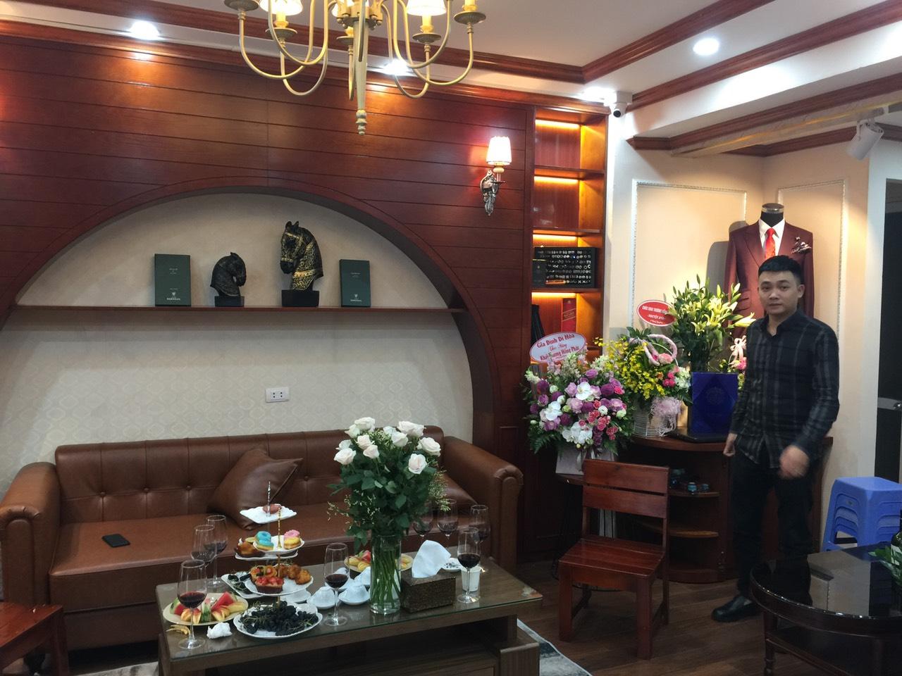 Thiet ke thi cong noi that chuoi nha may Ngo Minh Tailor so 8 Ma May 1